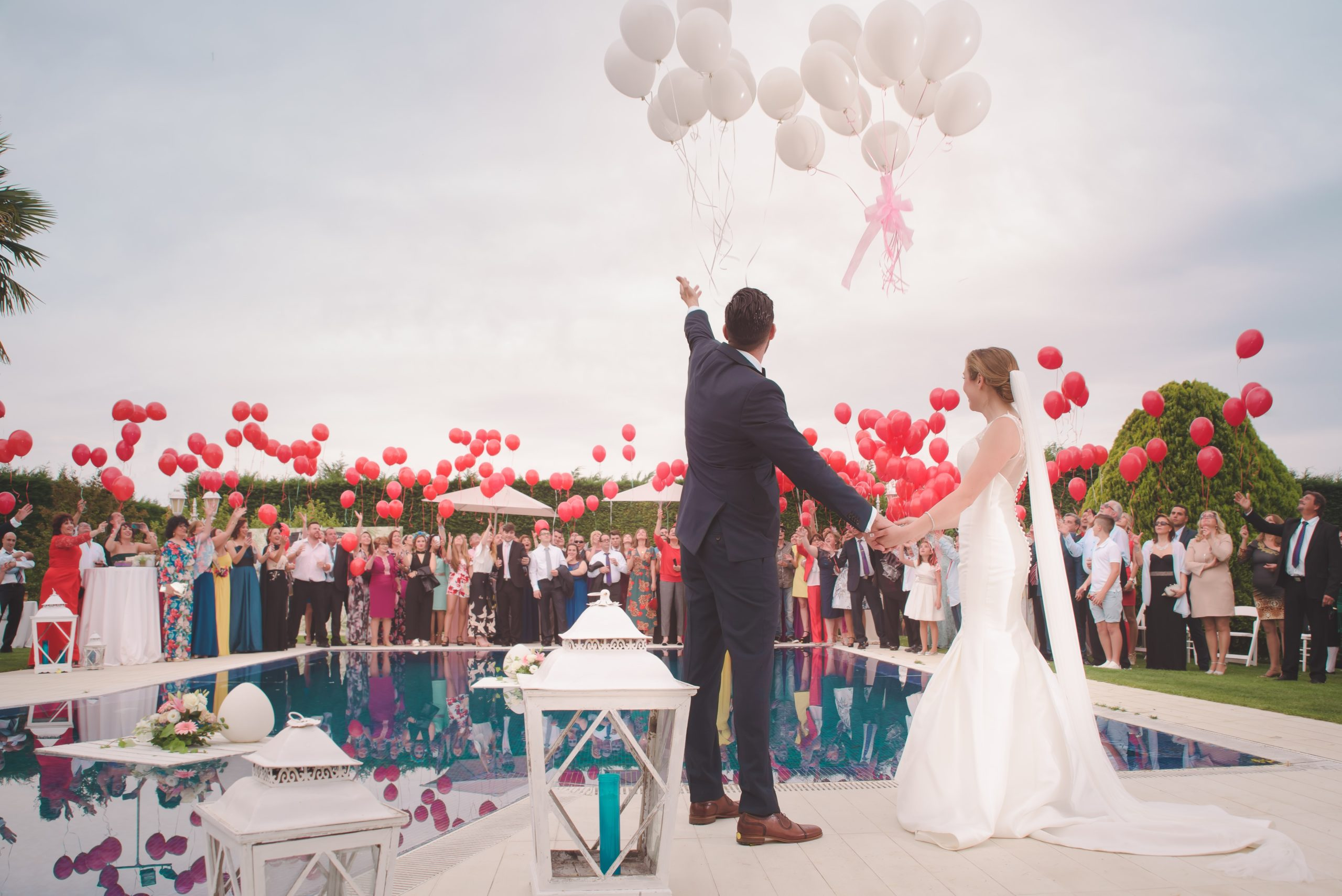 Ideas To Decorate Your Wedding With Balloons