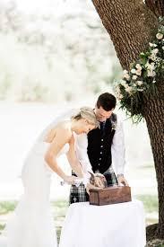 Follow The Latest Wedding Trends