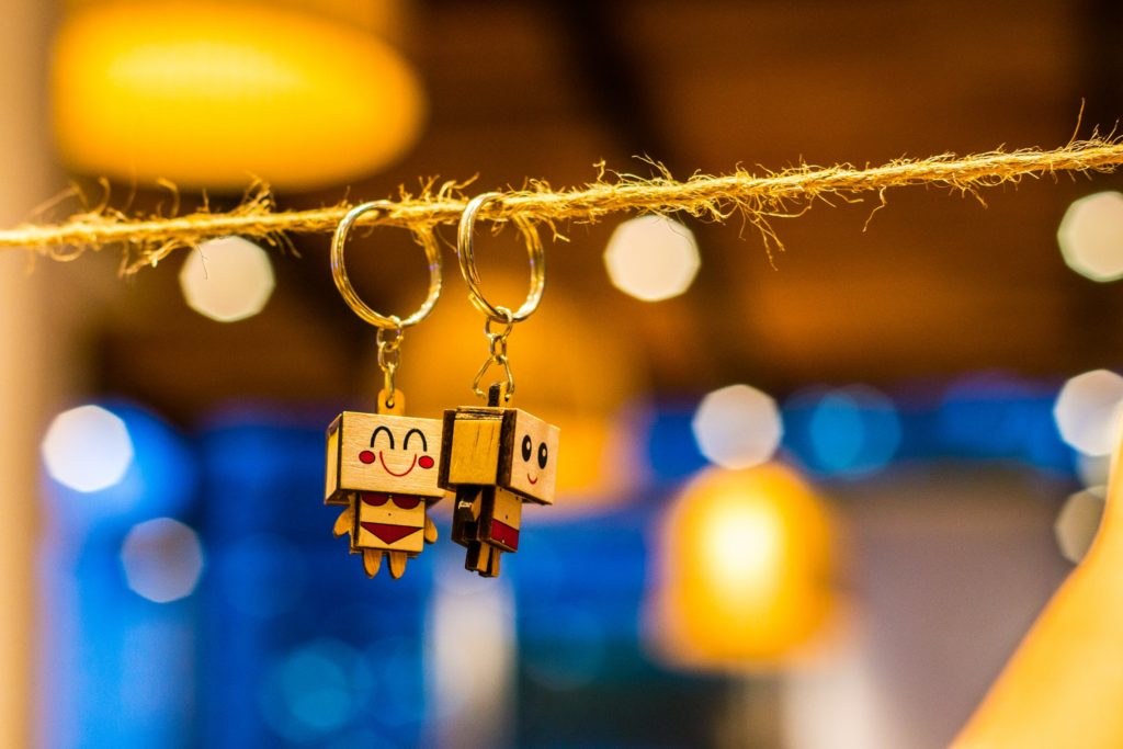 Keychains That Fit Every Seaside Wedding Theme